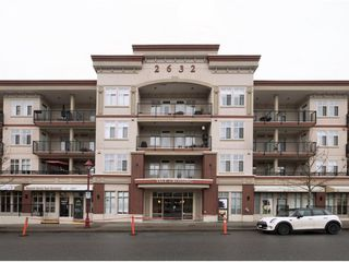 "Photo 1: 411 2632 PAULINE Street in Abbotsford: Central Abbotsford Condo for sale in ""Yale Crossing"" : MLS®# R2237258"