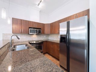 """Photo 4: 411 2632 PAULINE Street in Abbotsford: Central Abbotsford Condo for sale in """"Yale Crossing"""" : MLS®# R2237258"""