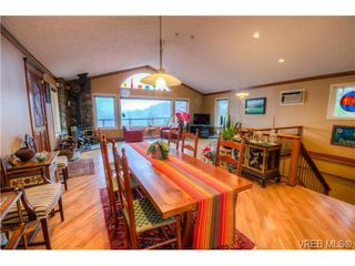 Photo 9: 3836 Munn Road in VICTORIA: Hi Eastern Highlands Residential for sale (Highlands)  : MLS®# 360639