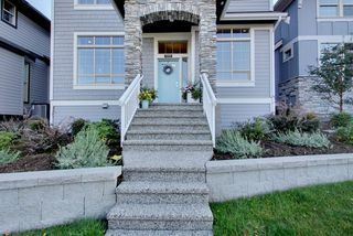 Photo 3: 15818 MOUNTAIN VIEW DRIVE in Surrey: Grandview Surrey House for sale (South Surrey White Rock)  : MLS®# R2206200