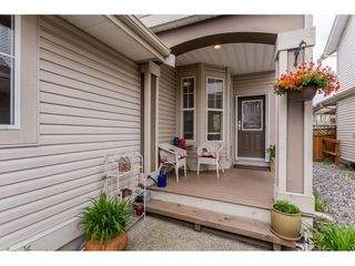 Photo 2: 21143 82A Avenue in Langley: Willoughby Heights House for sale : MLS®# R2264575