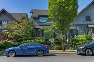 Photo 2: 2578 WARD Street in Vancouver: Collingwood VE Townhouse for sale (Vancouver East)  : MLS®# R2270866