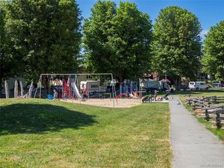 Photo 19: 1455 Denman Street in VICTORIA: Vi Fernwood Single Family Detached for sale (Victoria)  : MLS®# 392644