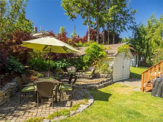 Photo 16: 1455 Denman Street in VICTORIA: Vi Fernwood Single Family Detached for sale (Victoria)  : MLS®# 392644