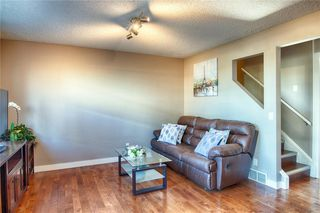Photo 5: 33 3029 RUNDLESON Road NE in Calgary: Rundle Row/Townhouse for sale : MLS®# C4192405