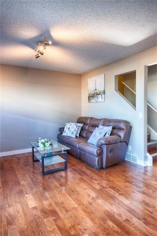 Photo 7: 33 3029 RUNDLESON Road NE in Calgary: Rundle Row/Townhouse for sale : MLS®# C4192405