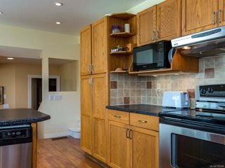 Photo 25: 960 Eastwicke Cres in COMOX: CV Comox (Town of) House for sale (Comox Valley)  : MLS®# 794506