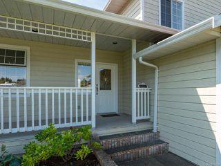 Photo 2: 960 Eastwicke Cres in COMOX: CV Comox (Town of) House for sale (Comox Valley)  : MLS®# 794506