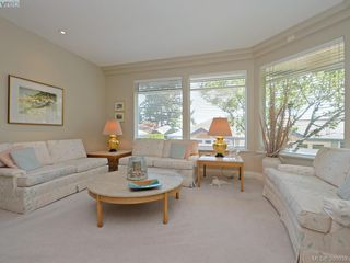 Photo 3: 20 5187 Cordova Bay Road in VICTORIA: SE Cordova Bay Townhouse for sale (Saanich East)  : MLS®# 398032