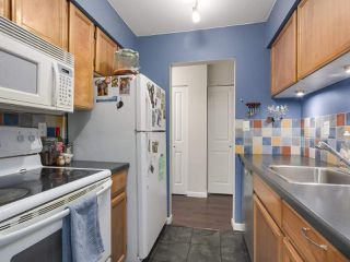 """Photo 8: 308 1422 E 3RD Avenue in Vancouver: Grandview VE Condo for sale in """"La Contessa"""" (Vancouver East)  : MLS®# R2304077"""