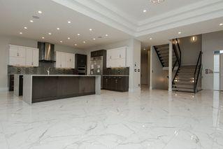 Photo 4: 2703 WHEATON Drive in Edmonton: Zone 56 House for sale : MLS®# E4132487
