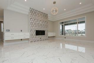 Photo 6: 2703 WHEATON Drive in Edmonton: Zone 56 House for sale : MLS®# E4132487