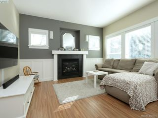 Photo 2: 2351 Chilco Road in VICTORIA: VR Six Mile Single Family Detached for sale (View Royal)  : MLS®# 400945