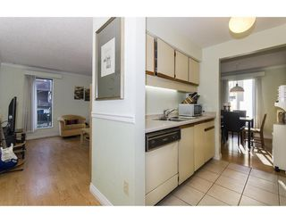 Photo 6: 19 365 GINGER Drive in New Westminster: Fraserview NW Townhouse for sale : MLS®# R2318406