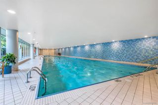 Photo 15: 506 1067 MARINASIDE Crescent in Vancouver: Yaletown Condo for sale (Vancouver West)  : MLS®# R2321254