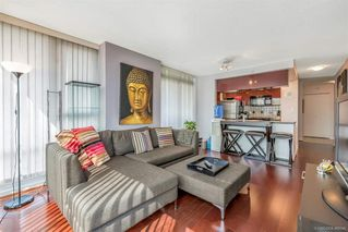 Photo 5: 506 1067 MARINASIDE Crescent in Vancouver: Yaletown Condo for sale (Vancouver West)  : MLS®# R2321254