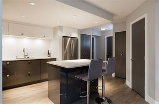 Photo 8: 802 283 DAVIE Street in Vancouver: Yaletown Condo for sale (Vancouver West)  : MLS®# R2328402