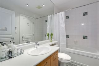 "Photo 15: 402 2268 REDBUD Lane in Vancouver: Kitsilano Condo for sale in ""ANSONIA"" (Vancouver West)  : MLS®# R2340515"
