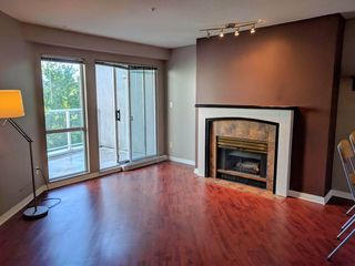 Photo 2: 410 8460 JELLICOE Street in Vancouver: Fraserview VE Condo for sale (Vancouver East)  : MLS®# R2340657
