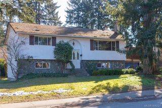 Photo 2: 2917 Pickford Road in VICTORIA: Co Colwood Lake Single Family Detached for sale (Colwood)  : MLS®# 406227