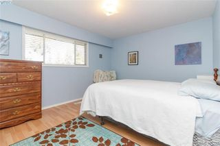 Photo 14: 2917 Pickford Road in VICTORIA: Co Colwood Lake Single Family Detached for sale (Colwood)  : MLS®# 406227
