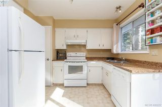 Photo 13: 2917 Pickford Road in VICTORIA: Co Colwood Lake Single Family Detached for sale (Colwood)  : MLS®# 406227