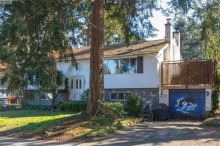 Photo 1: 2917 Pickford Road in VICTORIA: Co Colwood Lake Single Family Detached for sale (Colwood)  : MLS®# 406227