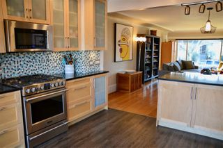 Photo 8: 2625 WILLIAM Street in Vancouver: Renfrew VE House for sale (Vancouver East)  : MLS®# R2354024