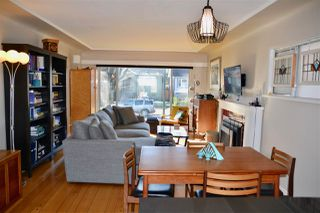 Photo 3: 2625 WILLIAM Street in Vancouver: Renfrew VE House for sale (Vancouver East)  : MLS®# R2354024