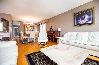 Photo 3: 67 Arrowwood Drive South in Winnipeg: Garden City Residential for sale (4G)  : MLS®# 1910553