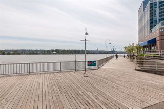 """Photo 18: 1411 988 QUAYSIDE Drive in New Westminster: Quay Condo for sale in """"Riversky 2"""" : MLS®# R2366970"""