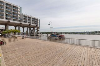 """Photo 19: 1411 988 QUAYSIDE Drive in New Westminster: Quay Condo for sale in """"Riversky 2"""" : MLS®# R2366970"""