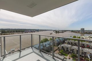 """Photo 13: 1411 988 QUAYSIDE Drive in New Westminster: Quay Condo for sale in """"Riversky 2"""" : MLS®# R2366970"""