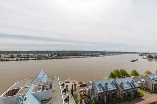 """Photo 16: 1411 988 QUAYSIDE Drive in New Westminster: Quay Condo for sale in """"Riversky 2"""" : MLS®# R2366970"""