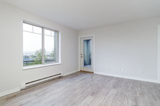 "Photo 12: 3214 240 SHERBROOKE Street in New Westminster: Sapperton Condo for sale in ""COPPERSTONE"" : MLS®# R2373575"