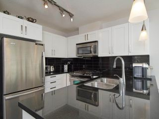 Photo 11: 1607 2133 DOUGLAS Road in Burnaby: Brentwood Park Condo for sale (Burnaby North)  : MLS®# R2378036