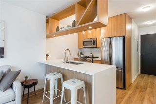 """Photo 9: 1805 1001 RICHARDS Street in Vancouver: Downtown VW Condo for sale in """"Miro"""" (Vancouver West)  : MLS®# R2378633"""