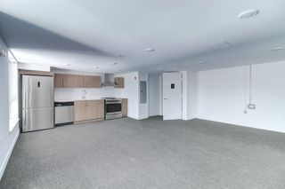 "Photo 18: PH10 2889 E 1ST Avenue in Vancouver: Renfrew VE Condo for sale in ""FIRST & RENFREW"" (Vancouver East)  : MLS®# R2379709"