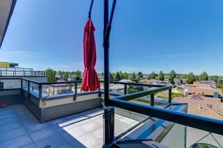 "Photo 14: PH10 2889 E 1ST Avenue in Vancouver: Renfrew VE Condo for sale in ""FIRST & RENFREW"" (Vancouver East)  : MLS®# R2379709"