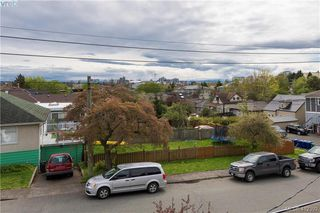 Photo 4: 1022 Summit Avenue in VICTORIA: Vi Mayfair Single Family Detached for sale (Victoria)  : MLS®# 412392