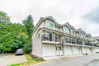 "Photo 1: 24 8277 161 Street in Surrey: Fleetwood Tynehead Townhouse for sale in ""Edgewood"" : MLS®# R2386063"