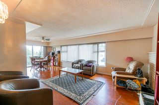 Photo 3: 10095 121A Street in Surrey: Cedar Hills House for sale (North Surrey)  : MLS®# R2408679