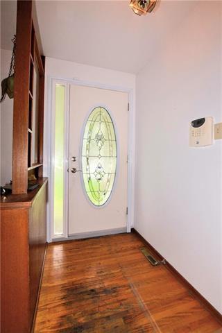 Photo 8: 18 Embassy Lane in Winnipeg: Garden City Residential for sale (4G)  : MLS®# 1928356