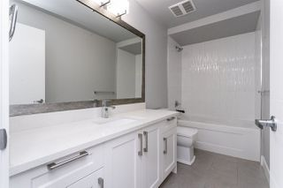 "Photo 17: 401 1990 WESTMINSTER Avenue in Port Coquitlam: Glenwood PQ Condo for sale in ""The Arden"" : MLS®# R2417212"