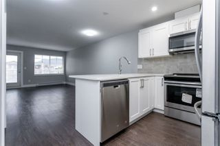 "Photo 5: 401 1990 WESTMINSTER Avenue in Port Coquitlam: Glenwood PQ Condo for sale in ""The Arden"" : MLS®# R2417212"