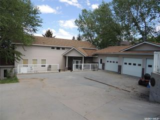 Photo 2: 115 Sunset Drive in Estevan: Residential for sale (Estevan Rm No. 5)  : MLS®# SK806433
