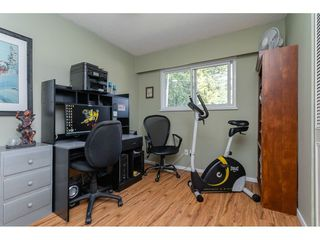 """Photo 15: 20358 41A Avenue in Langley: Brookswood Langley House for sale in """"Brookswood"""" : MLS®# R2464569"""