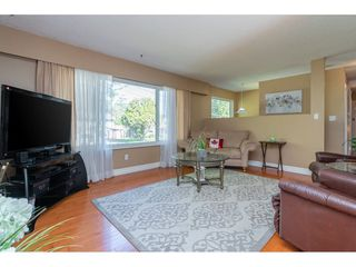 """Photo 6: 20358 41A Avenue in Langley: Brookswood Langley House for sale in """"Brookswood"""" : MLS®# R2464569"""