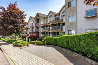 "Photo 2: 404 33478 ROBERTS Avenue in Abbotsford: Central Abbotsford Condo for sale in ""Aspen Creek"" : MLS®# R2469607"