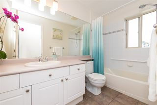 "Photo 32: 404 33478 ROBERTS Avenue in Abbotsford: Central Abbotsford Condo for sale in ""Aspen Creek"" : MLS®# R2469607"